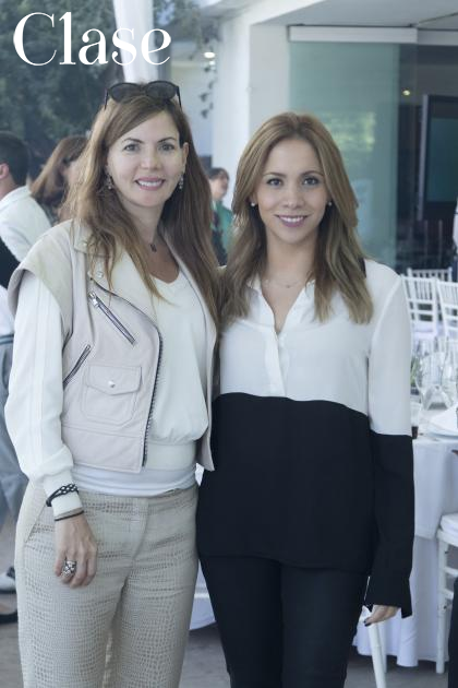 Pamela Gordon y Martha Carrillo.