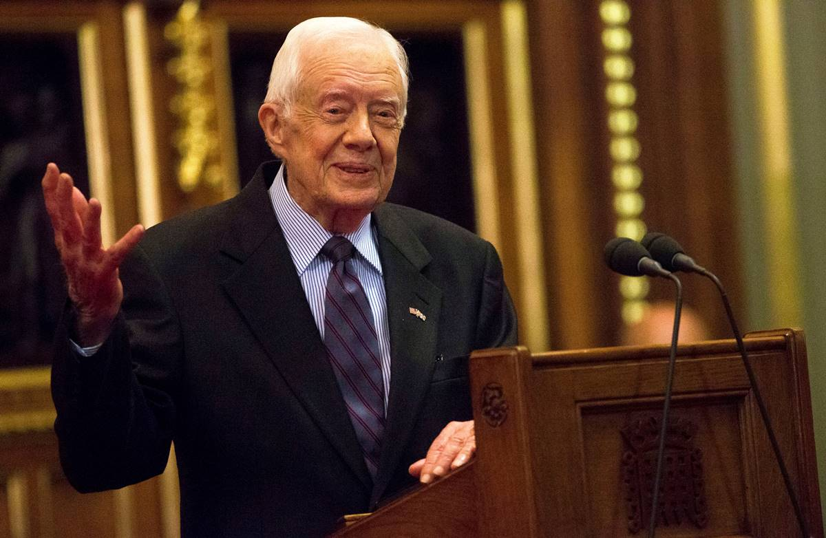 jimmy carter enfermo, jimmy carter hemorragia